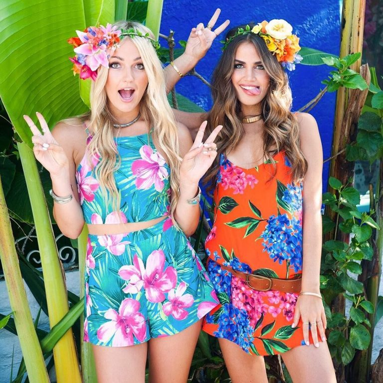 Beach Party costume ideas for girls